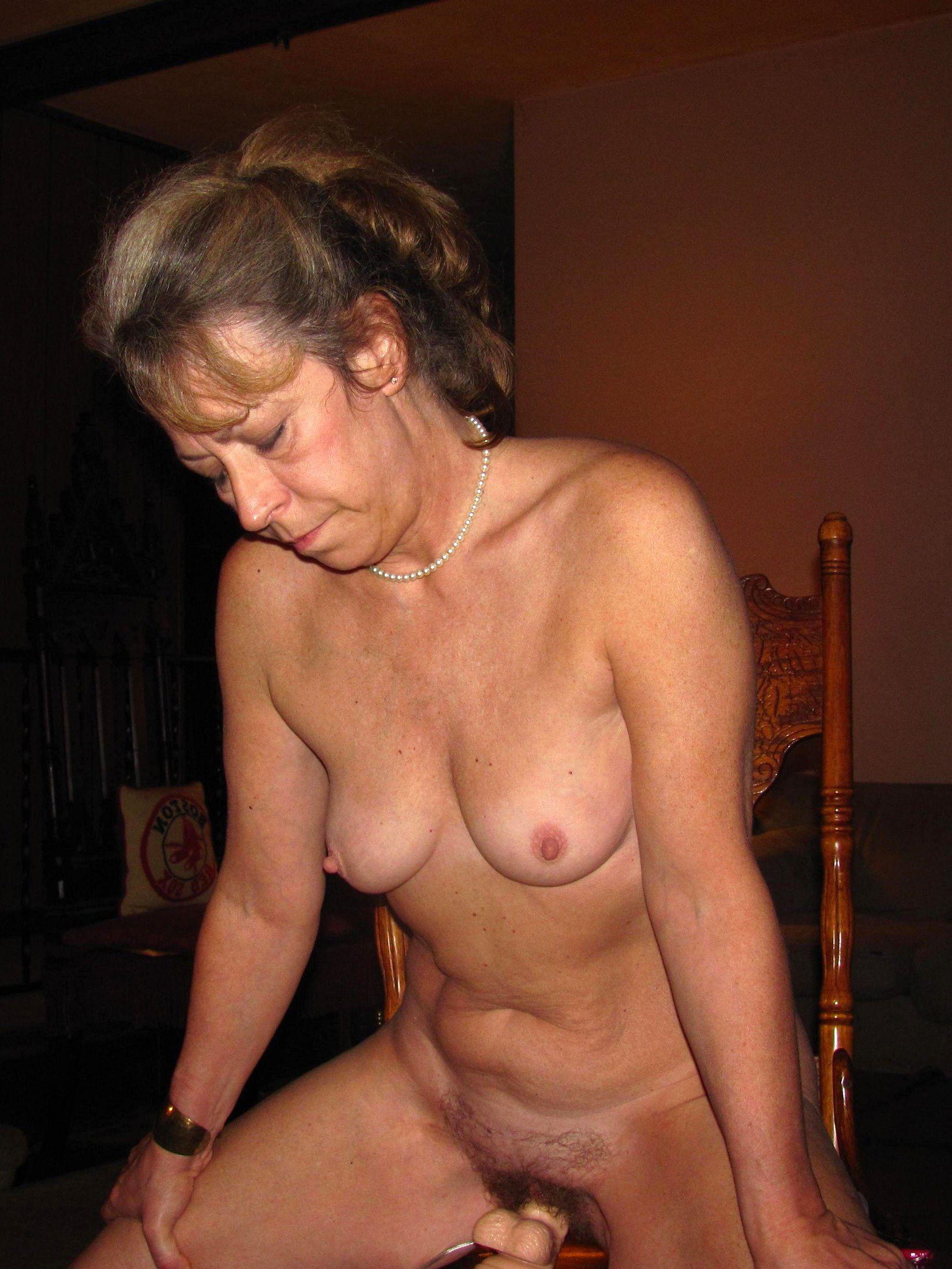 Mature foto porno 60 Granny