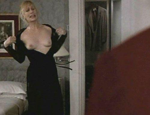 Nackt Sally Kellerman  Sally Kellerman