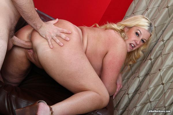 Chubby blonde galleries