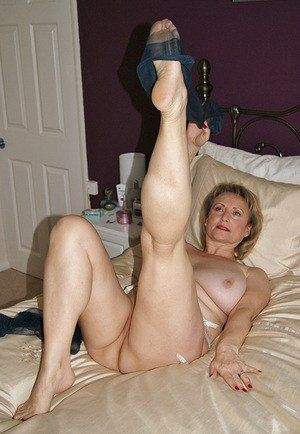 Pics mature leg porn Mature Legs