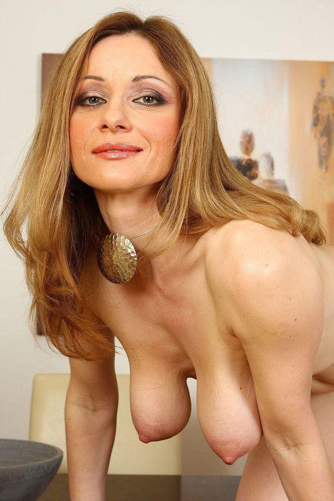 Tits saggy natural Saggy tits: