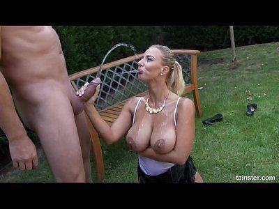 Amateur piss drinking slave