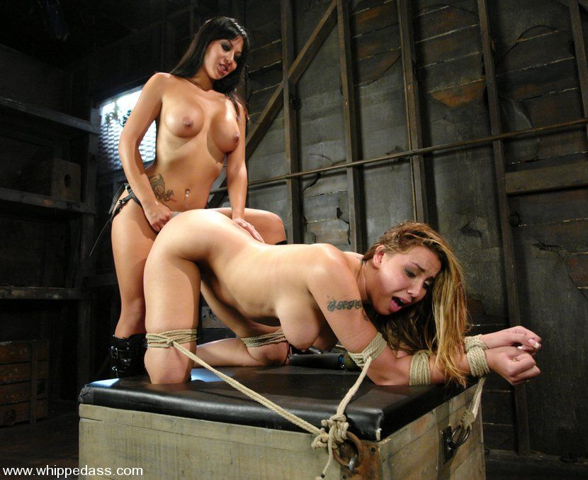 whipped ass lesbian bondage