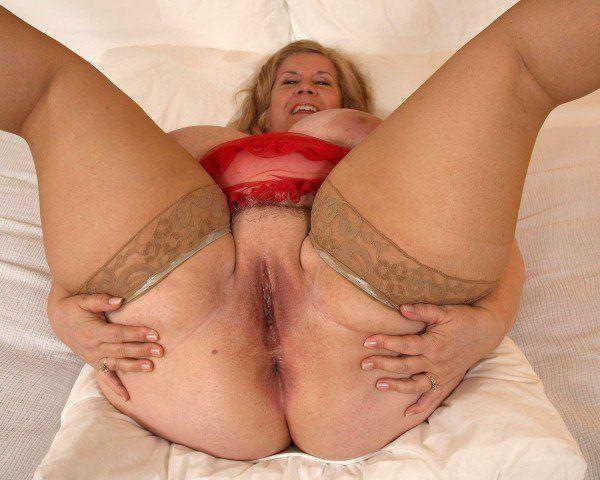 Beshine erotik model