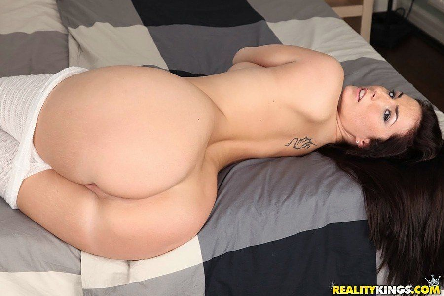 Snicker recommendet extreme deepthroat cum swallow