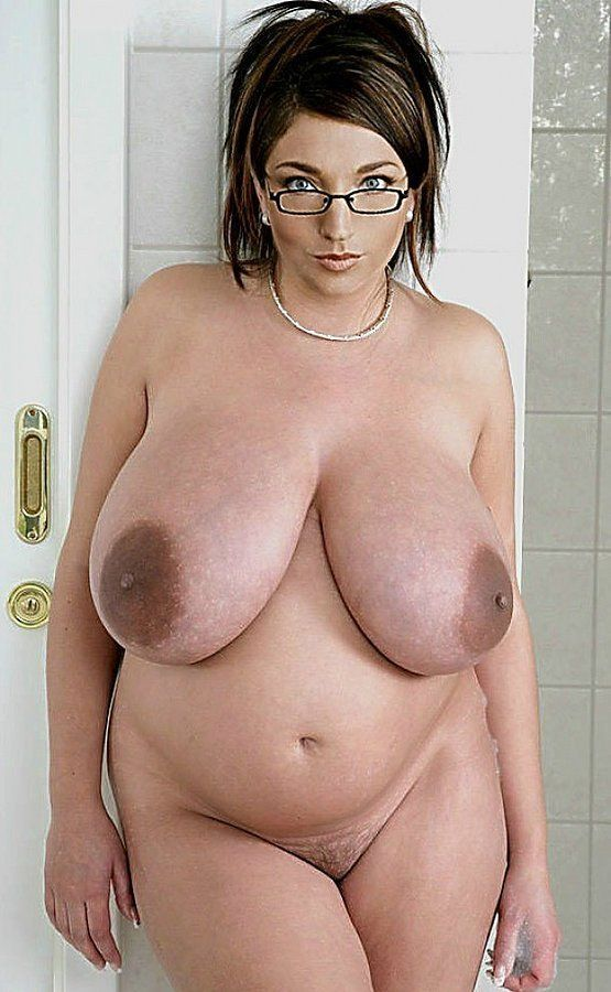 Naked Chubby Milf