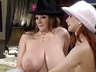 Große Titten Exposed Öffentlich