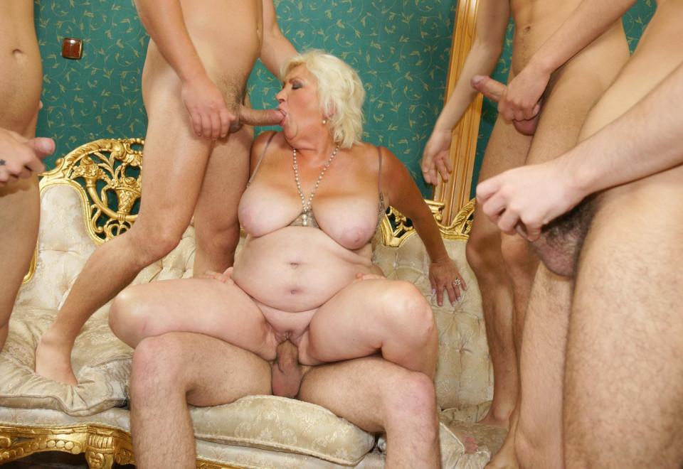 adult granny galerie