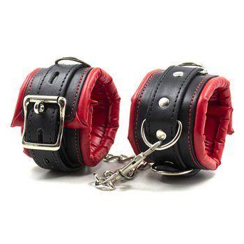Black L. reccomend handcuffs sex toy