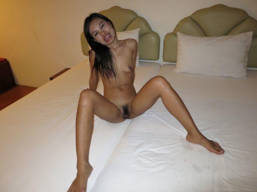 Giggles reccomend thai hotel hooker
